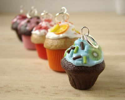 Pendant_CupcakesCollection1.jpg