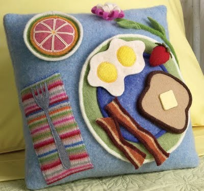 Breakfast_Pillow2.jpg
